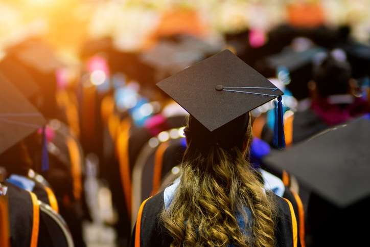 Why College Students Should Get Tech Certified